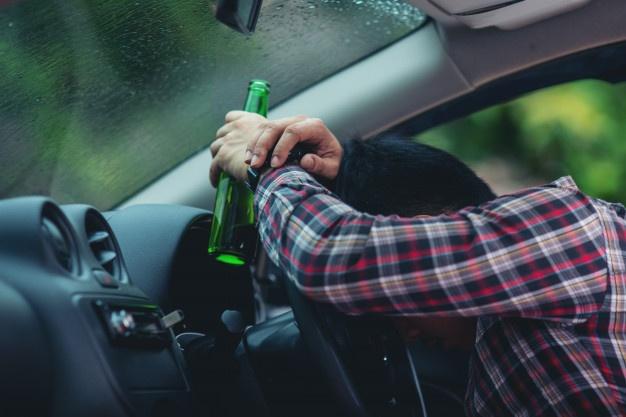 Peligros consumo alcohol