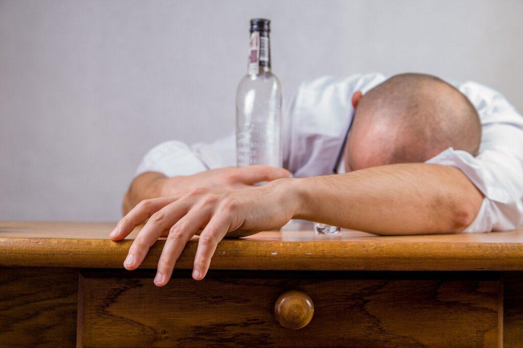 mitos del consumo de alcohol